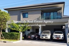 For Sale or Rent 4 Beds 一戸建て in Bang Phli, Samut Prakan, Thailand