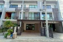 For Rent 1 Bed Townhouse in Bang Phli, Samut Prakan, Thailand