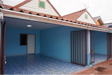 For Sale 2 Beds Townhouse in Pluak Daeng, Rayong, Thailand