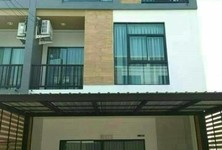 For Rent 2 Beds Townhouse in Min Buri, Bangkok, Thailand