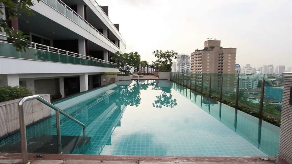Pan pacific service suites condo in bangkok hipflat - Pan pacific orchard swimming pool ...