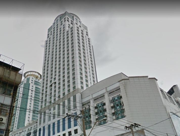 Metropolis Rajprasong