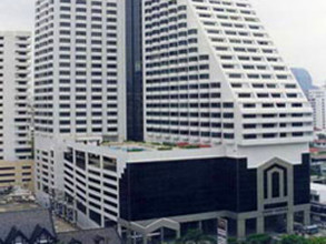 Located in the same area - Omni Tower Sukhumvit Nana