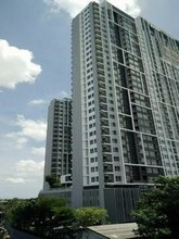 Located in the same building - The Tempo Grand Sathorn - Wutthakat