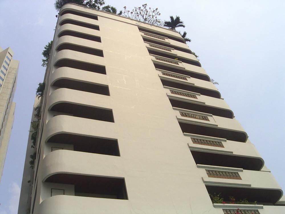 Dera Mansion
