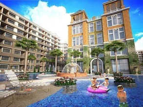 Located in the same building - Arcadia Beach Continental